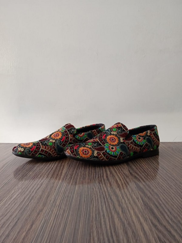 Embroidered Velvet Shoes